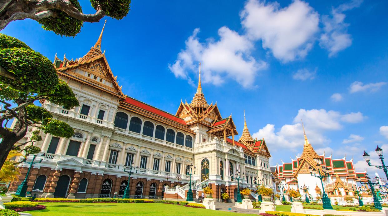 Thai Royal Grand Palace Tour - Smailing Express